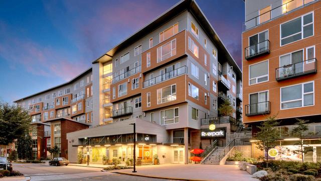 2 Bedrooms, Downtown Redmond Rental in Seattle, WA for $3,401 - Photo 1