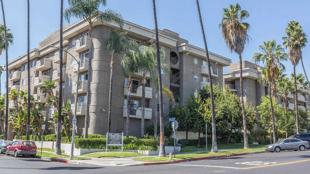 2 Bedrooms, Wilshire Center - Koreatown Rental in Los Angeles, CA for $2,375 - Photo 1
