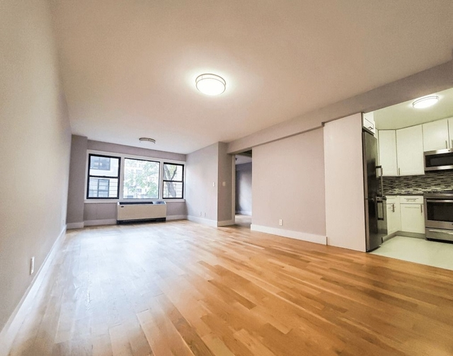 3 Bedrooms, Turtle Bay Rental in NYC for $6,667 - Photo 1