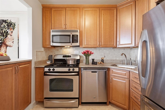 1 Bedroom, Lincoln Square Rental in NYC for $5,355 - Photo 1
