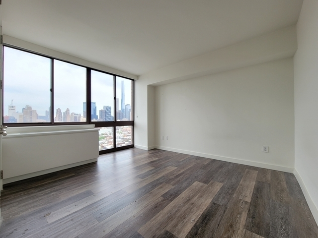 2 Bedrooms, Hell's Kitchen Rental in NYC for $4,125 - Photo 1