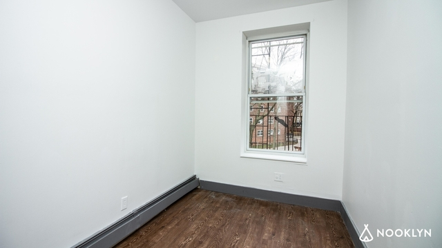 2 Bedrooms, Weeksville Rental in NYC for $2,000 - Photo 1