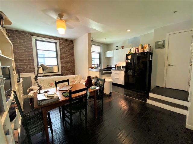 3 Bedrooms, Steinway Rental in NYC for $2,875 - Photo 1