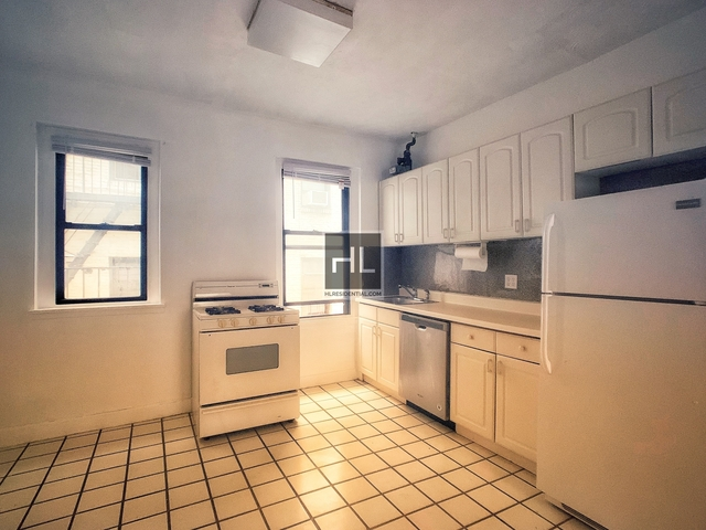 2 Bedrooms, Steinway Rental in NYC for $1,650 - Photo 1