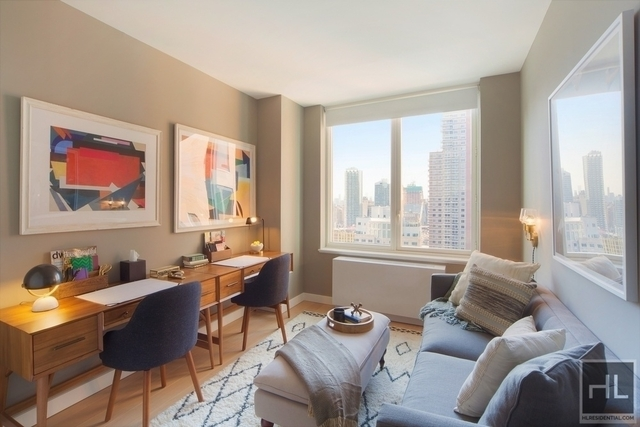 2 Bedrooms, Hell's Kitchen Rental in NYC for $6,194 - Photo 1