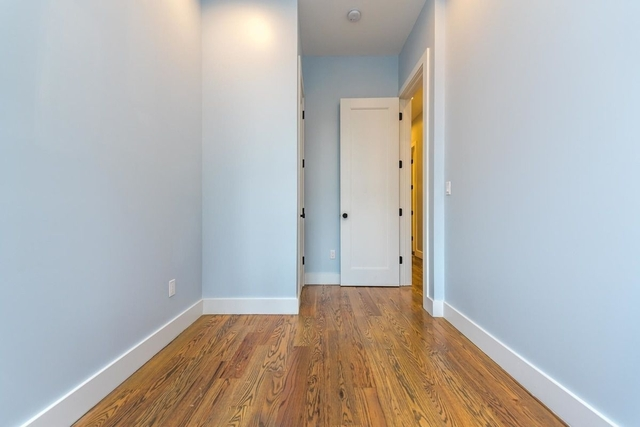 3 Bedrooms, Bushwick Rental in NYC for $2,556 - Photo 1