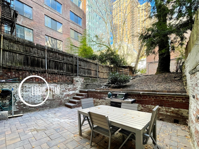 2 Bedrooms, Turtle Bay Rental in NYC for $4,166 - Photo 1
