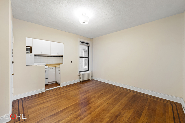 1 Bedroom, Woodside Rental in NYC for $1,700 - Photo 1
