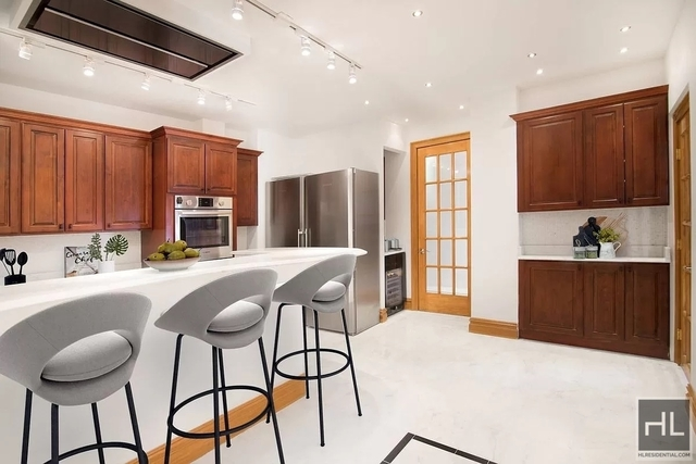 6 Bedrooms, Theater District Rental in NYC for $14,000 - Photo 1