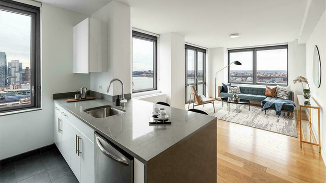 1 Bedroom, Hell's Kitchen Rental in NYC for $2,833 - Photo 1