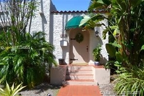 2 Bedrooms, Coral Gables Section Rental in Miami, FL for $3,600 - Photo 1