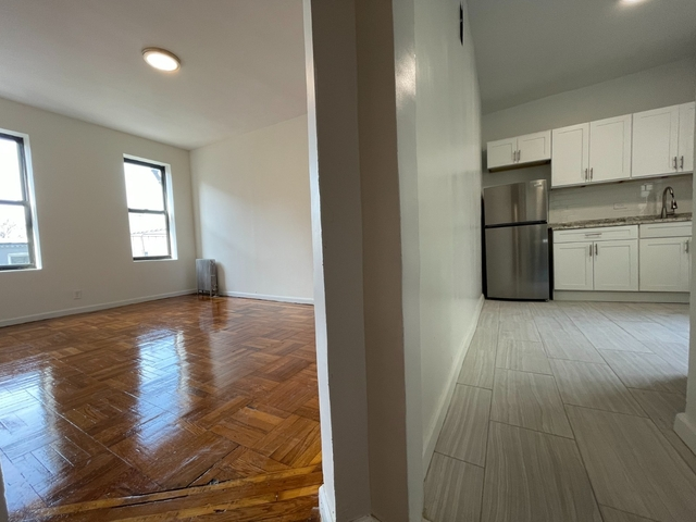 1 Bedroom, Astoria Rental in NYC for $1,974 - Photo 1