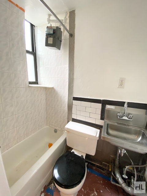 1 Bedroom, Greenpoint Rental in NYC for $1,650 - Photo 1
