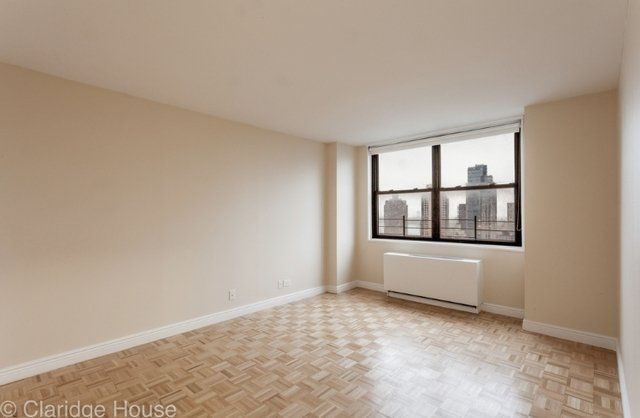 2 Bedrooms, Yorkville Rental in NYC for $4,272 - Photo 1