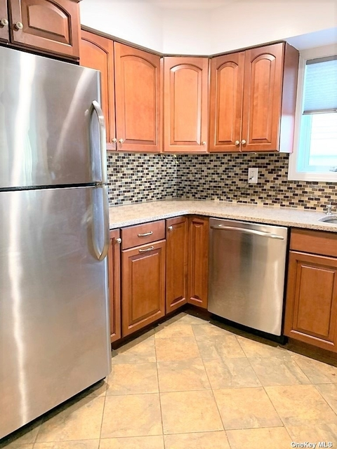 2 Bedrooms, Westholme North Rental in Long Island, NY for $9,000 - Photo 1