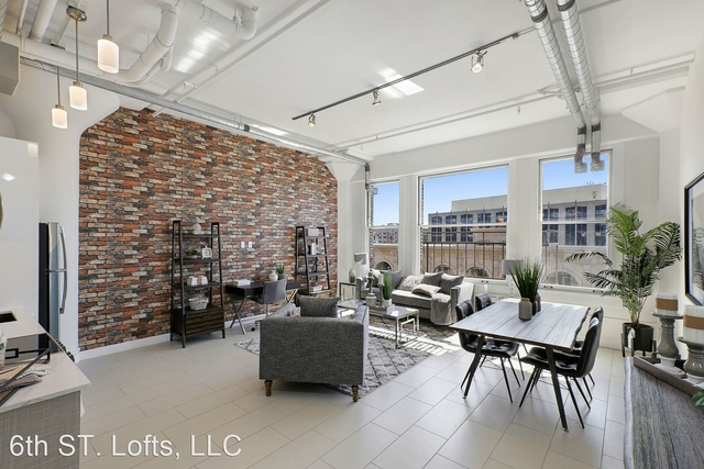 1 Bedroom, South Park Rental in Los Angeles, CA for $2,200 - Photo 1