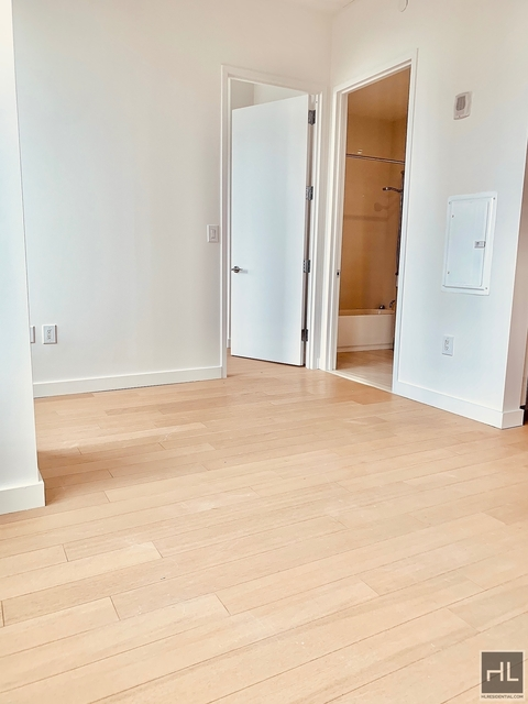 Studio, Financial District Rental in NYC for $3,245 - Photo 1