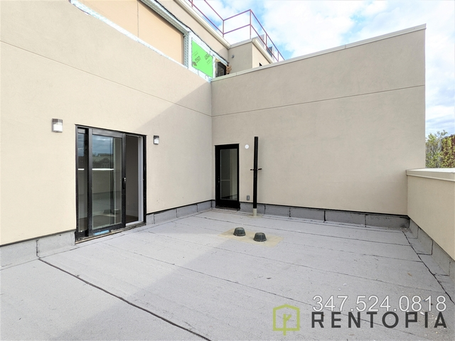 3 Bedrooms, Bushwick Rental in NYC for $3,240 - Photo 1