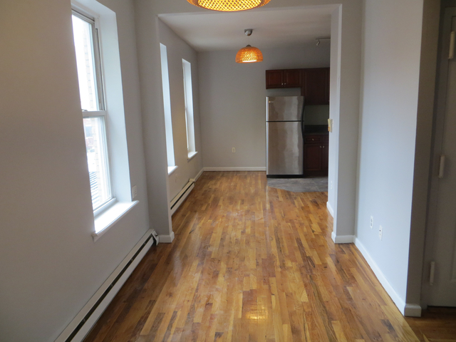 2 Bedrooms, Crown Heights Rental in NYC for $2,100 - Photo 1
