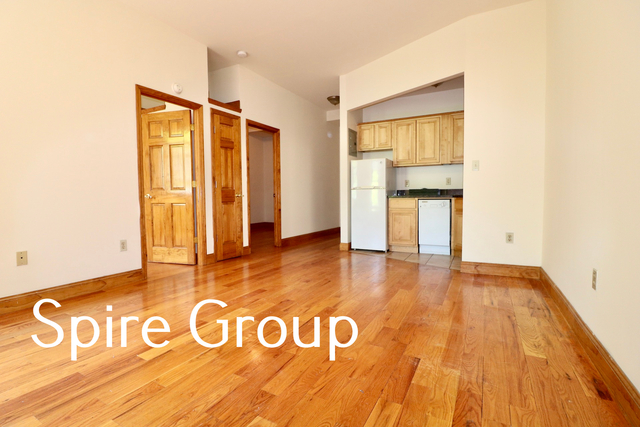 2 Bedrooms, Russian Hill Rental in San Francisco Bay Area, CA for $2,900 - Photo 1