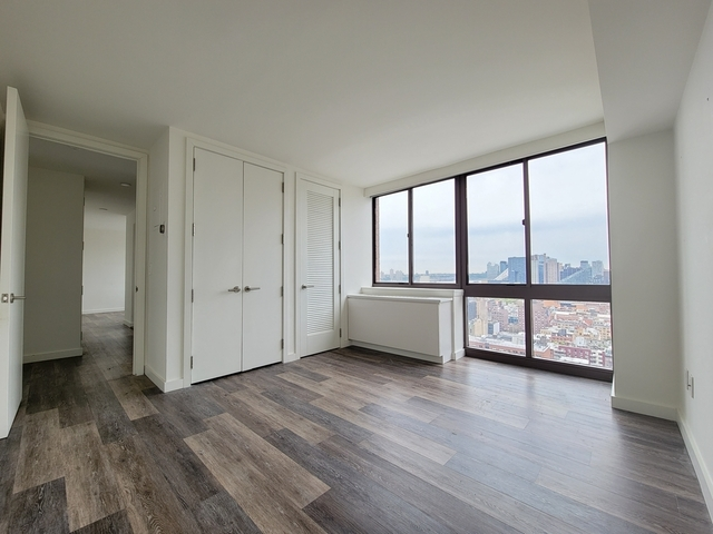 2 Bedrooms, Hell's Kitchen Rental in NYC for $4,330 - Photo 1