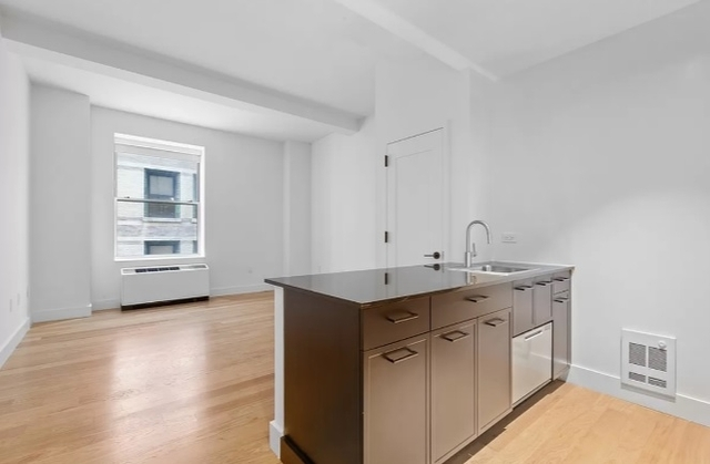 2 Bedrooms, Financial District Rental in NYC for $4,408 - Photo 1