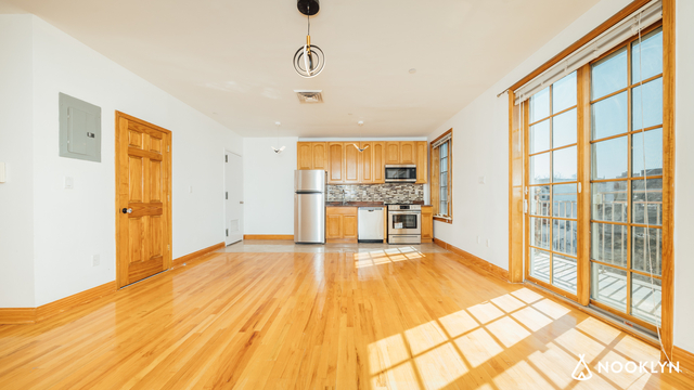 2 Bedrooms, Greenwood Heights Rental in NYC for $3,666 - Photo 1