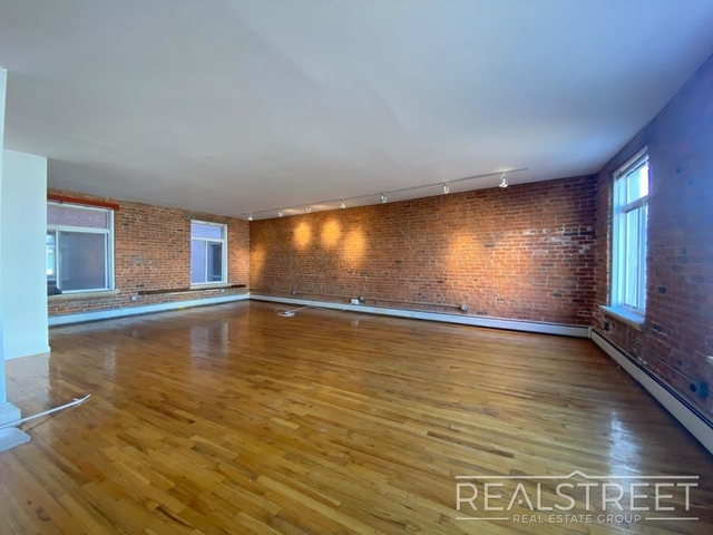 1 Bedroom, East Williamsburg Rental in NYC for $4,099 - Photo 1