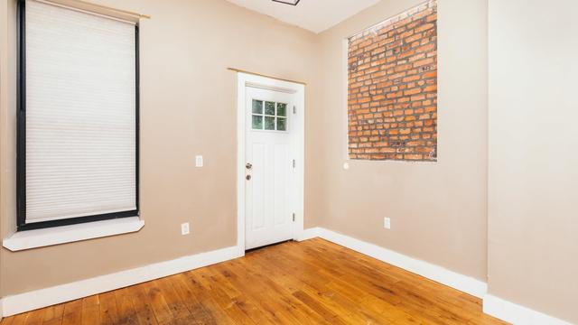 4 Bedrooms, Bushwick Rental in NYC for $3,529 - Photo 1