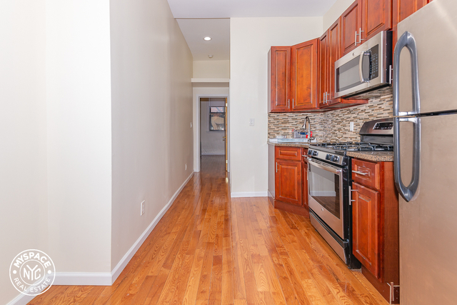 2 Bedrooms, Bushwick Rental in NYC for $2,024 - Photo 1