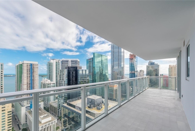 3 Bedrooms, Miami Financial District Rental in Miami, FL for $5,500 - Photo 1