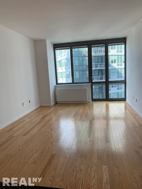 Studio, Hunters Point Rental in NYC for $2,295 - Photo 1