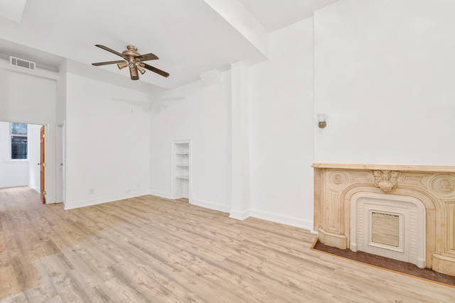 3 Bedrooms, Yorkville Rental in NYC for $2,658 - Photo 1