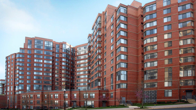 2 Bedrooms, Radnor - Fort Myer Heights Rental in Washington, DC for $3,222 - Photo 1