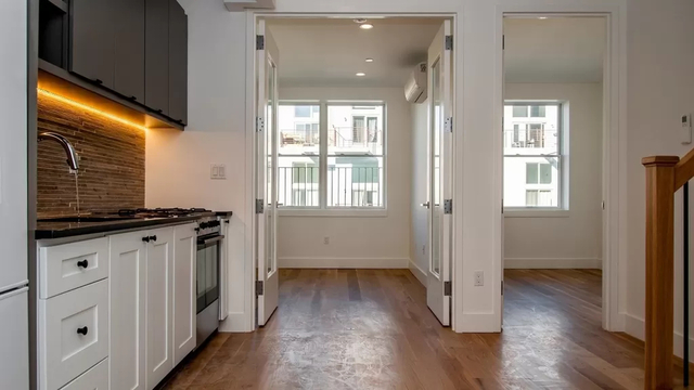 4 Bedrooms, East Williamsburg Rental in NYC for $3,874 - Photo 1