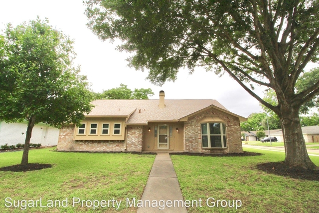 3 Bedrooms, Covington Woods Rental in Houston for $2,000 - Photo 1