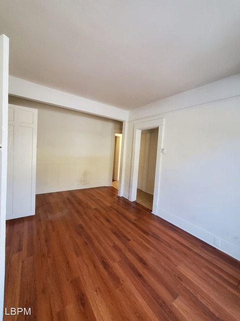 2 Bedrooms, Venice Beach Rental in Los Angeles, CA for $2,095 - Photo 1