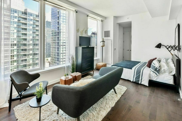 Studio, Hell's Kitchen Rental in NYC for $2,344 - Photo 1
