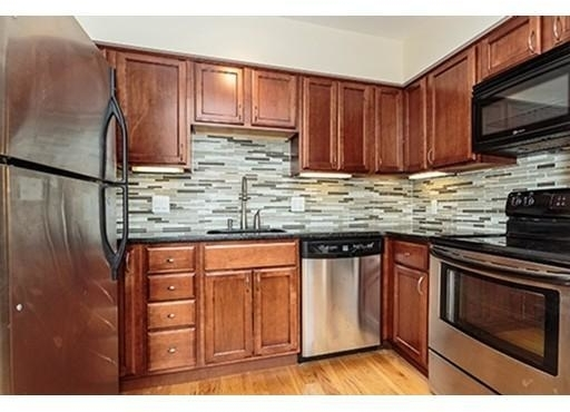 2 Bedrooms, Thompson Square - Bunker Hill Rental in Boston, MA for $3,200 - Photo 1