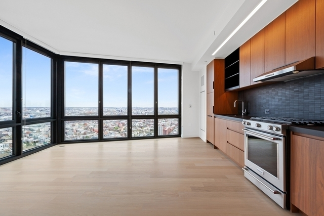 1 Bedroom, Greenpoint Rental in NYC for $3,331 - Photo 1