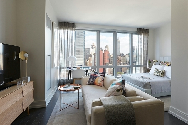 Studio, Hell's Kitchen Rental in NYC for $3,407 - Photo 1