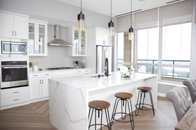 1 Bedroom, West Calhoun Rental in Minneapolis-St. Paul, MN for $2,495 - Photo 1