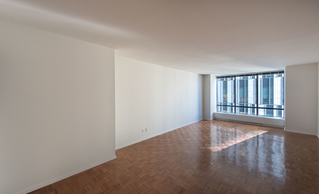 2 Bedrooms, Upper East Side Rental in NYC for $7,490 - Photo 1