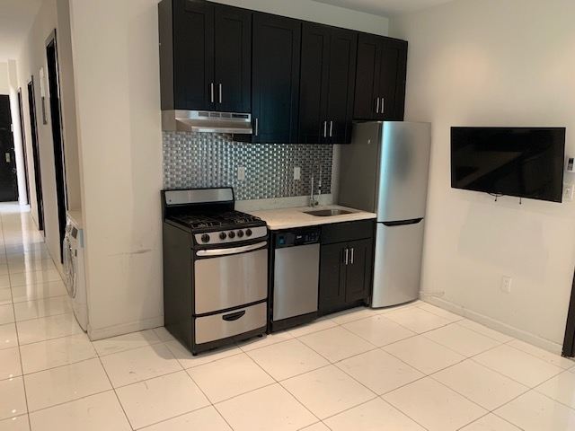 6 Bedrooms, Manhattan Valley Rental in NYC for $5,500 - Photo 1