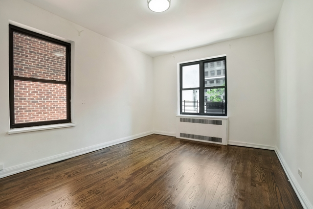 1 Bedroom, Theater District Rental in NYC for $3,075 - Photo 1