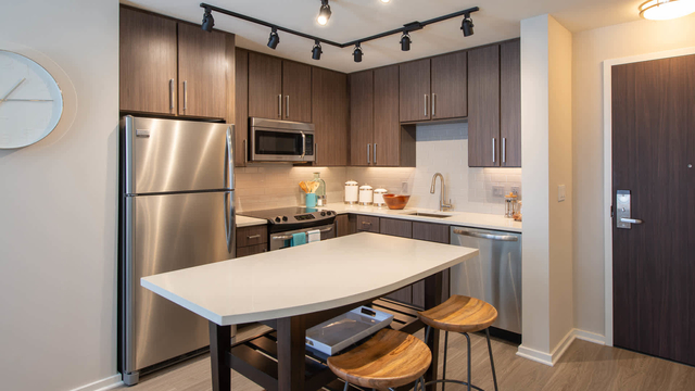 1 Bedroom, Braddock Road Metro Rental in Washington, DC for $2,080 - Photo 1