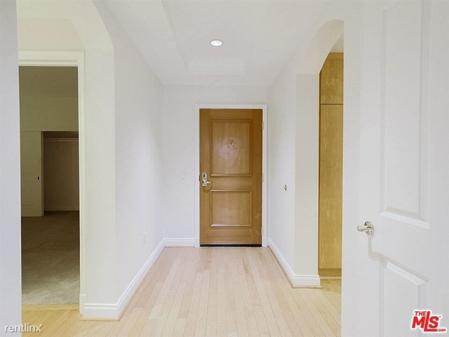 2 Bedrooms, Brentwood Rental in Los Angeles, CA for $4,600 - Photo 1
