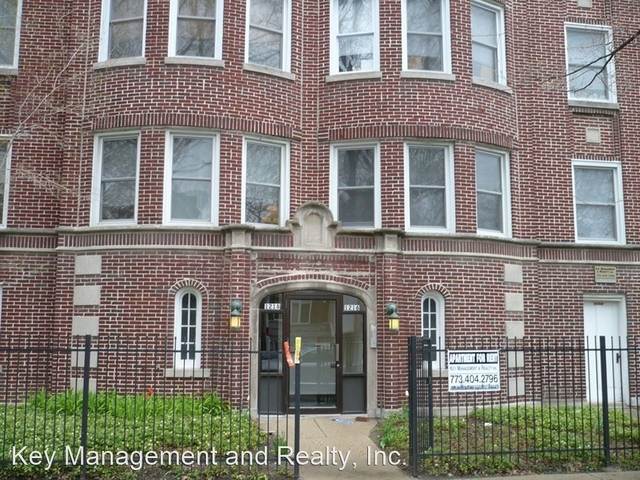 2 Bedrooms, Lakeview Rental in Chicago, IL for $1,875 - Photo 1