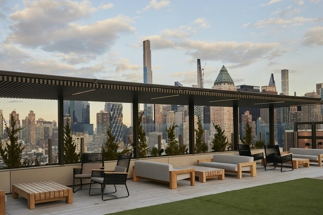 Studio, Hell's Kitchen Rental in NYC for $2,472 - Photo 1