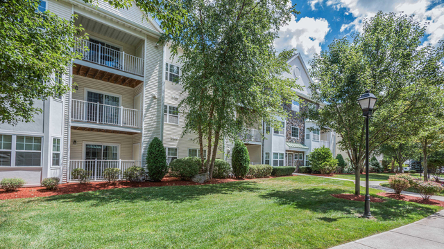 2 Bedrooms, Wynnmere Rental in Boston, MA for $3,010 - Photo 1